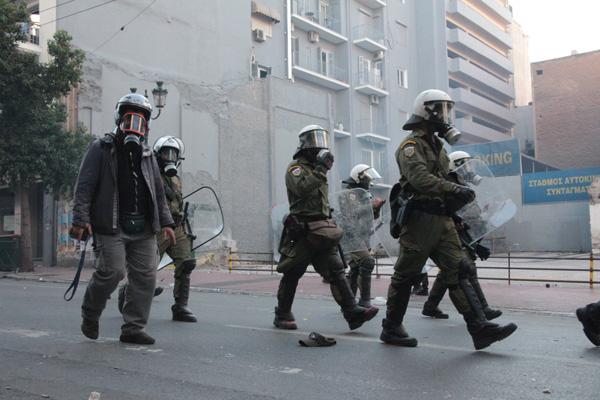 20 10 2011 syntagma apotropiasmos 20